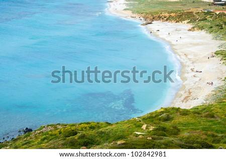 Rent a villa in San Dzhovanni Di Sinis on the beach Girona