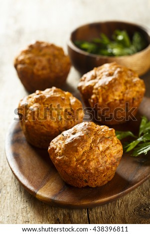 Savory muffins with parsley, cheese and red pesto