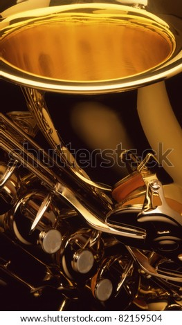 saxophone detail showing keys and opening