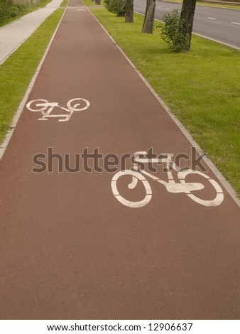 Scenic cycle track in Gdansk