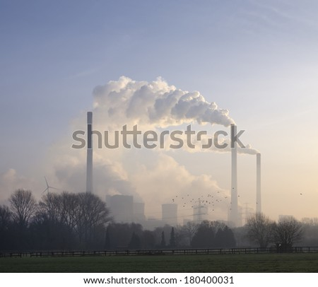 Scholven Power Station is an E.ON owned coal-fired power station in Gelsenkirchen, Germany. Its installed output capacity of 2300 MW it is one of the most powerful coal-fired power stations in Europe. - stock photo