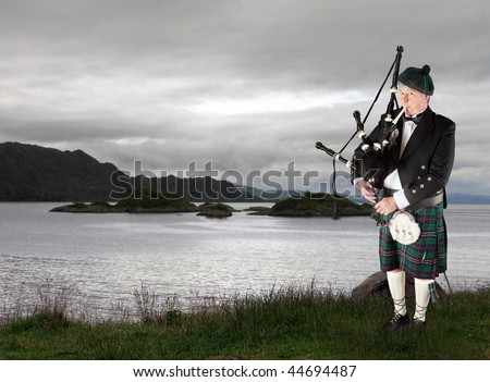 Scottish Piper Stock Images, Royalty-Free Images & Vectors ...