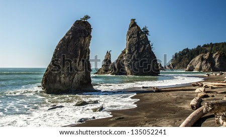 Sea stacks on the wild Rialto beach, Olympic National Park - stock photo