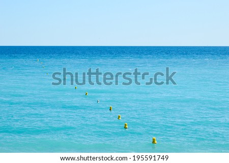 Sea with the horizon and clear skies