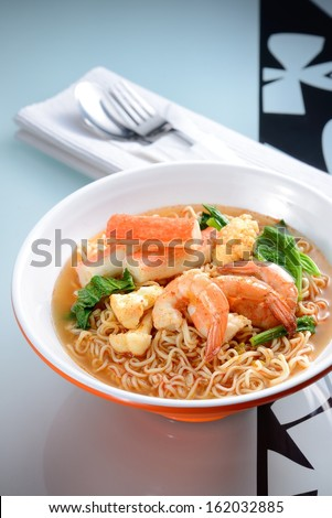 Seafood instant noodle with nice table setting