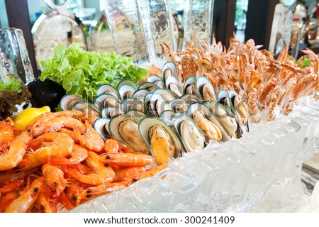 Seafood on ice, Buffet line