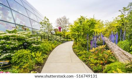 SEATTLE Apr 26 2016 Blown Glass Stock Photo (Royalty Free) 516749131 ...