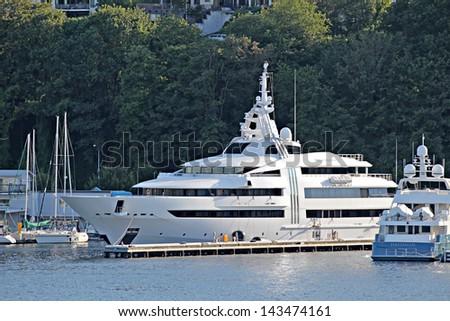 Mega yacht stock images royalty free images vectors for Mega motors lake june