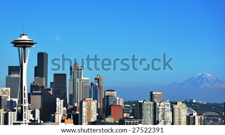 Seattle,the Space Needle and Mt. Rainier on beautiful summer day.