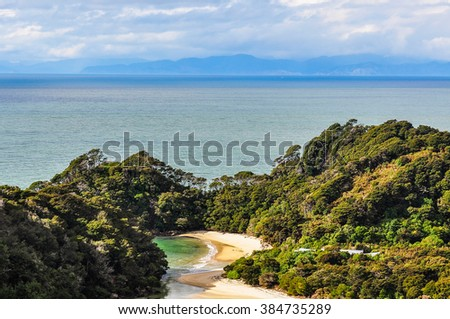 Secluded Frenchman Bay in the Abel Tasman National Park in New Zealand