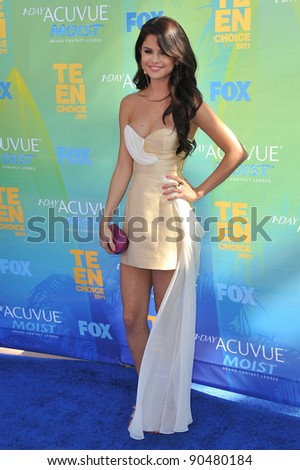Selena Gomez arrives at the 2011 Teen Choice Awards at the Gibson Amphitheatre, Universal Studios, Hollywood. August 7, 2011  Los Angeles, CA Picture: Paul Smith / Featureflash - stock photo