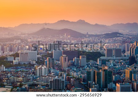 Seoul city and Downtown skyline in Sunset, South Korea