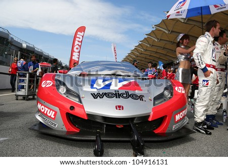 Attrayant SEPANG   JUNE 10:The Honda HSV 010 Car Of Weider Honda Racing Team