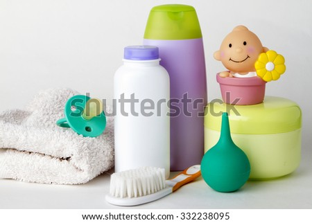 set of things for bathing baby