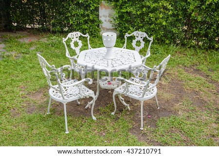 set table outdoor
