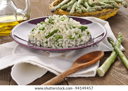 Setting with rice with asparagus