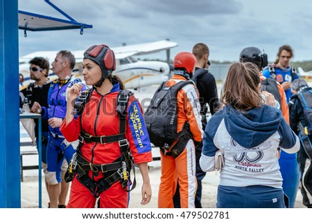 Sky Diver Stock Images, Royalty-Free Images & Vectors ...
