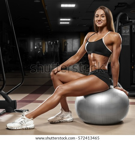 Sexy body builder woman picture was prostitute for