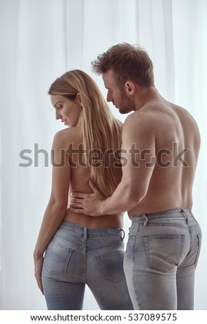 naked photoshoot couple