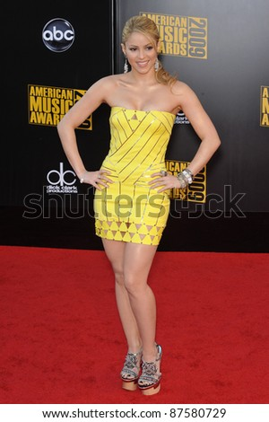 Shakira at the 2009 American Music Awards at the Nokia Theatre L.A. Live. November 22, 2009  Los Angeles, CA Picture: Paul Smith / Featureflash