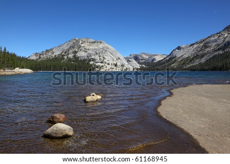 Shallow on mountain lake on pass Tioga