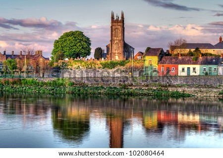 Shannon river scenery in Limerick city, Ireland
