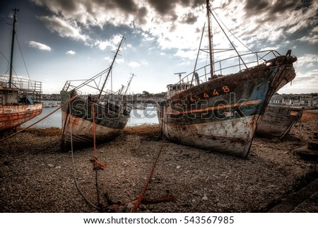 shipwrecks in camaret sur mer, bretagne, france