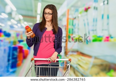 Shopping, Nutrition Label, Women.