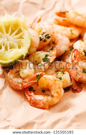 shrimps with lime and parsley