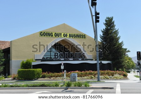 SIMI VALLEY, CA - JULY 27: After filing for bankruptcy in February 2011, Borders is having a going out of business sale in Simi Valley, CA - stock photo