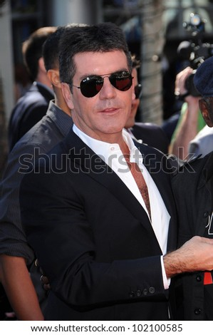 Simon Cowell at the American Idol Grand Finale 2010, Nokia Theater, Los Angeles, CA. 05-26-10