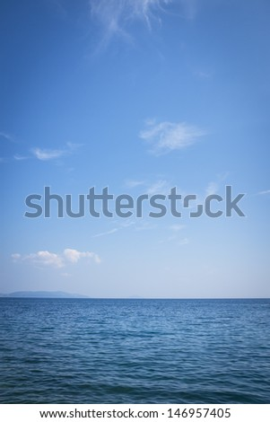 simple sea horizon with blue sky