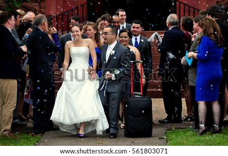 Simsbury Connecticut September 21 2014 Bride Stock Photo 561803071