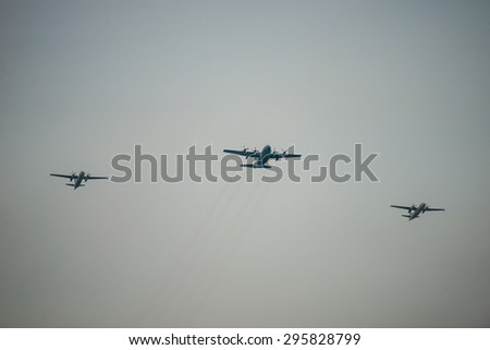 Singapore - july 11, 2015:Fiftieth anniversary of the Singapore National Day rehearsal, fighter formation flew over the city