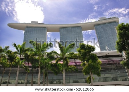SINGAPORE - SEPT 27: The new Marina Bay Sands resort on a late afternoon. Taken on Sept 27, 2010 in Singapore - stock photo