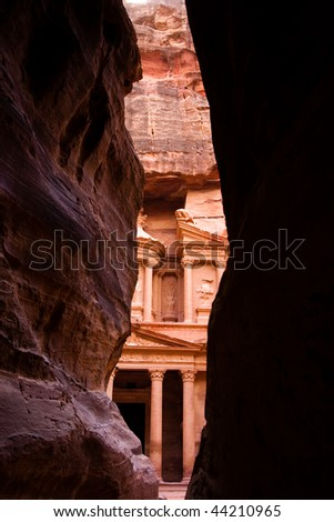Siq and the treasury in Petra, Jordan.