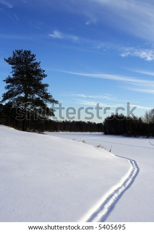 ski path on snow