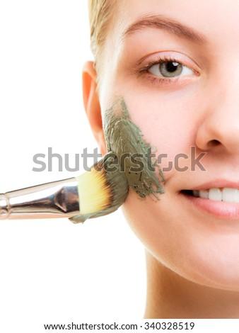 Treatment for dry facial sky