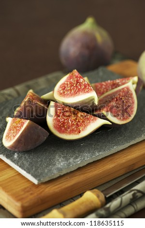 Sliced fresh figs on a plate.