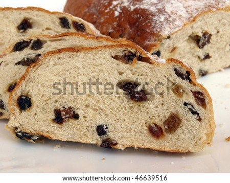 Sliced sweet bread, baked with the raisin