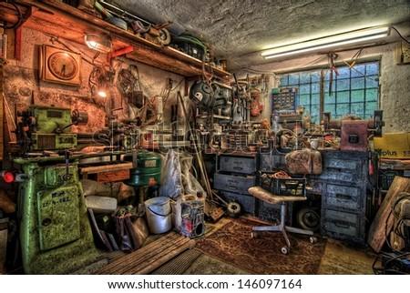 Small Garage Workshop Equipment