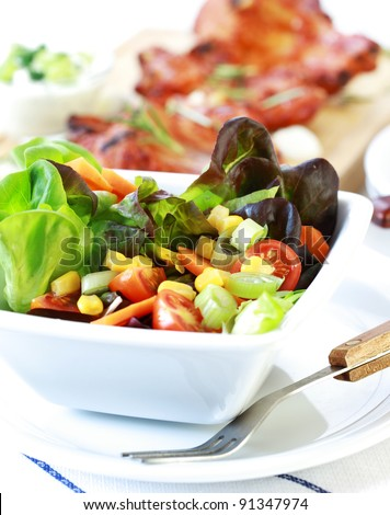 Small mixed salad with low calorie