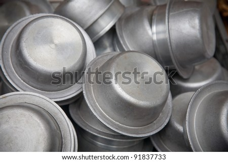 Small pots dry cleaning aluminum - stock photo