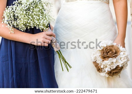 Small wedding ceremony in white and blue theme.
