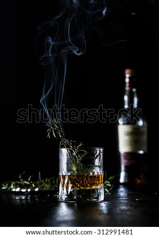 Smoked Rosmarin Scented Whiskey