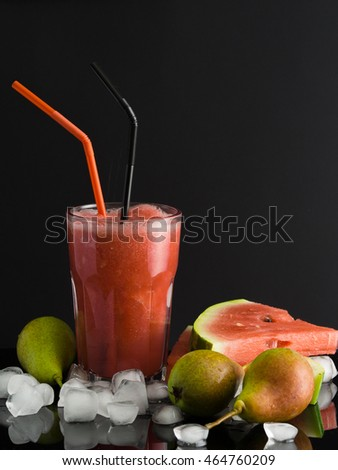Smoothies of watermelons and pears