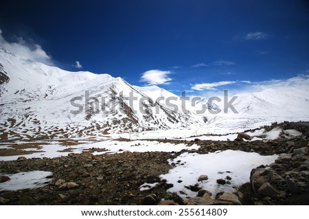 Snow mountain of Himalaya range in India