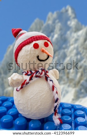 Snowman on blocks toy