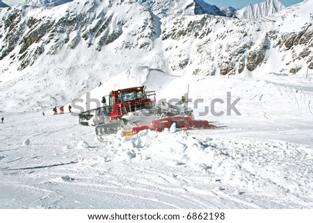 snowplow on work