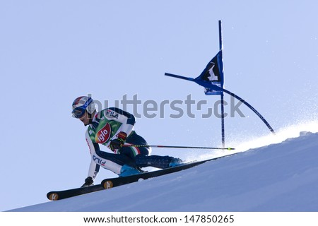 SOELDEN AUSTRIA OCT 26, Manfred Moelg ITA  competing in the mens giant slalom race at the Rettenbach Glacier Soelden Austria, the opening race of the 2008/09 Audi FIS Alpine Ski World Cup